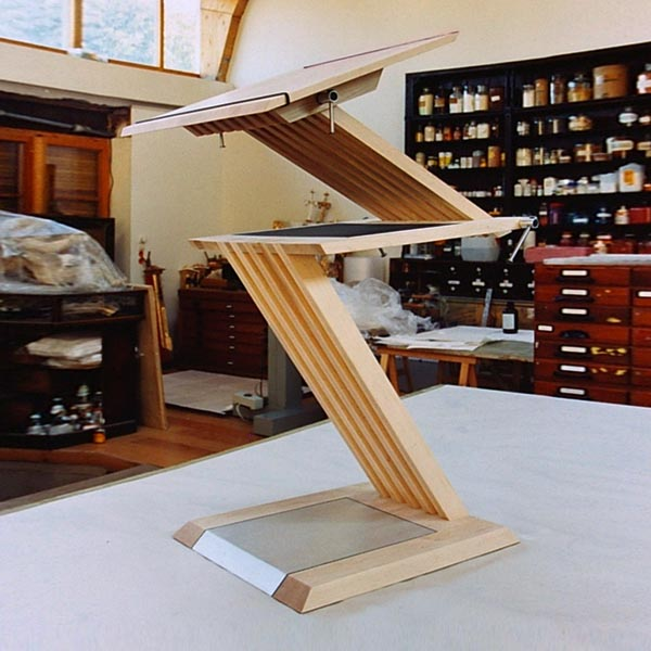 Gestaltung-Stehpult Z-Line/ eigener Entwurf _Atelier