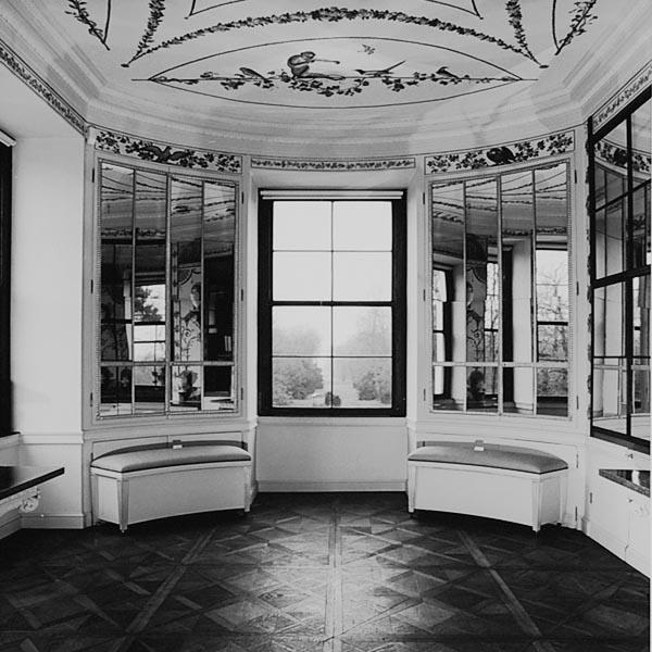 Rekonstruktion-Gepolsterte Truhenbank/Schloss Luisium, Dessau/Waldersee_Raum