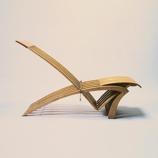 Gestaltung-Liege- und Stuhlobjekt X-EVO/ eigener Entwurf_hell