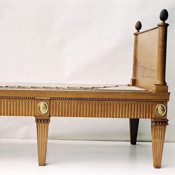 Möbel der Villa Hamilton um 1800_LiegeS