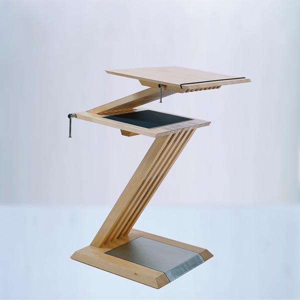 Gestaltung-Stehpult Z-Line/ eigener Entwurf _vorne